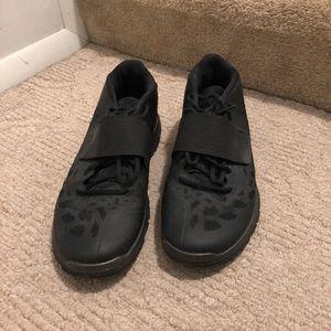 Jordan cross training shoes